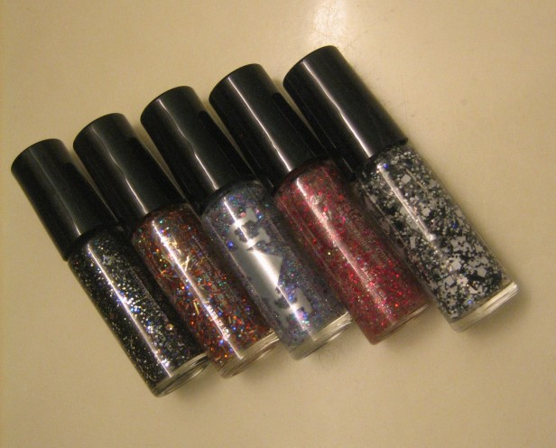 The Glitter Toppers Set by Rainbow Honey. (© skinandcolors.com)