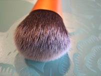 Bristles of the Expert Face Brush by Real Techniques. © skinandcolors.com