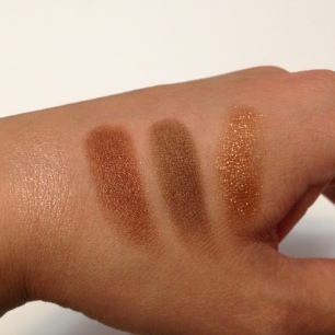 CT Dolce Vita Swatches on NC30 skin ©skinandcolors.com